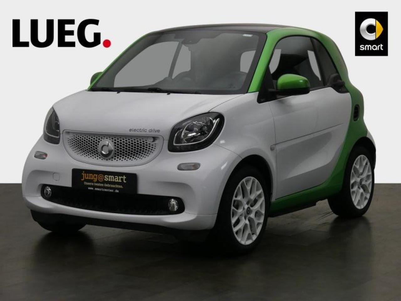 EQ fortwo coupe 60kW passion Cool u. Media+Pano.